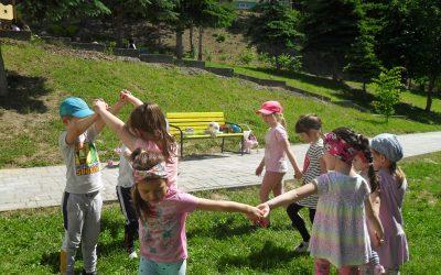 Hry na školskom dvore